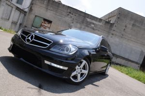 Amazing Mercedes C-class W204 Facelift C63 AMG Body Kit T-Modell S204 Station Wagon Estate