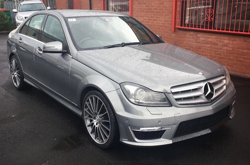 Mercedes c class w204 facelift 2007 2015 body kit with for Mercedes benz c300 exhaust
