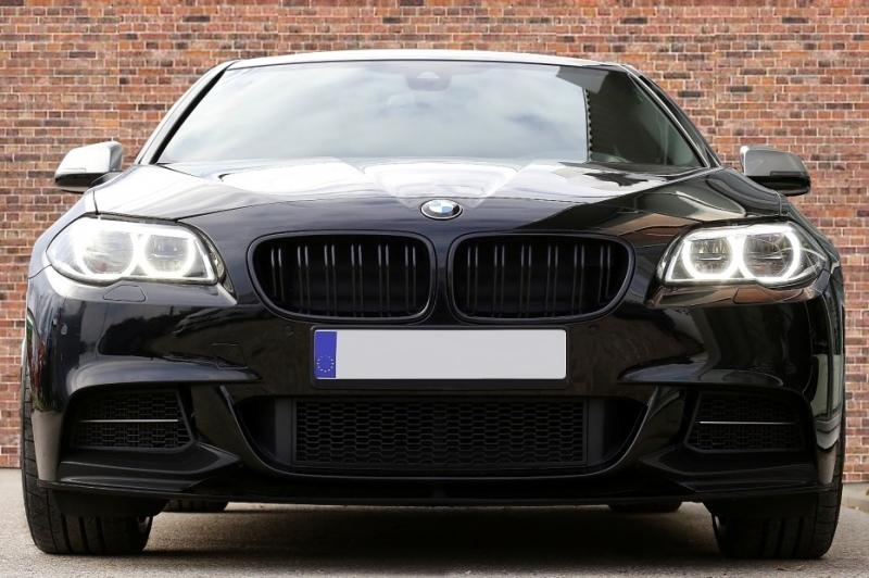 Pare Choc Avant Grille De Luxe Moderne ouvert à Gauche N//S BMW 3 F31 Estate 2012-2015 NEUF